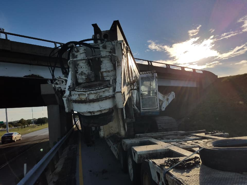 Job Completed For Drilling Rig Hits Bridge In Fort Worth Tx